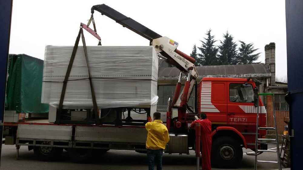 Autotrasporti-terzi-trasporto-posizionamento-macchinario-lenti2